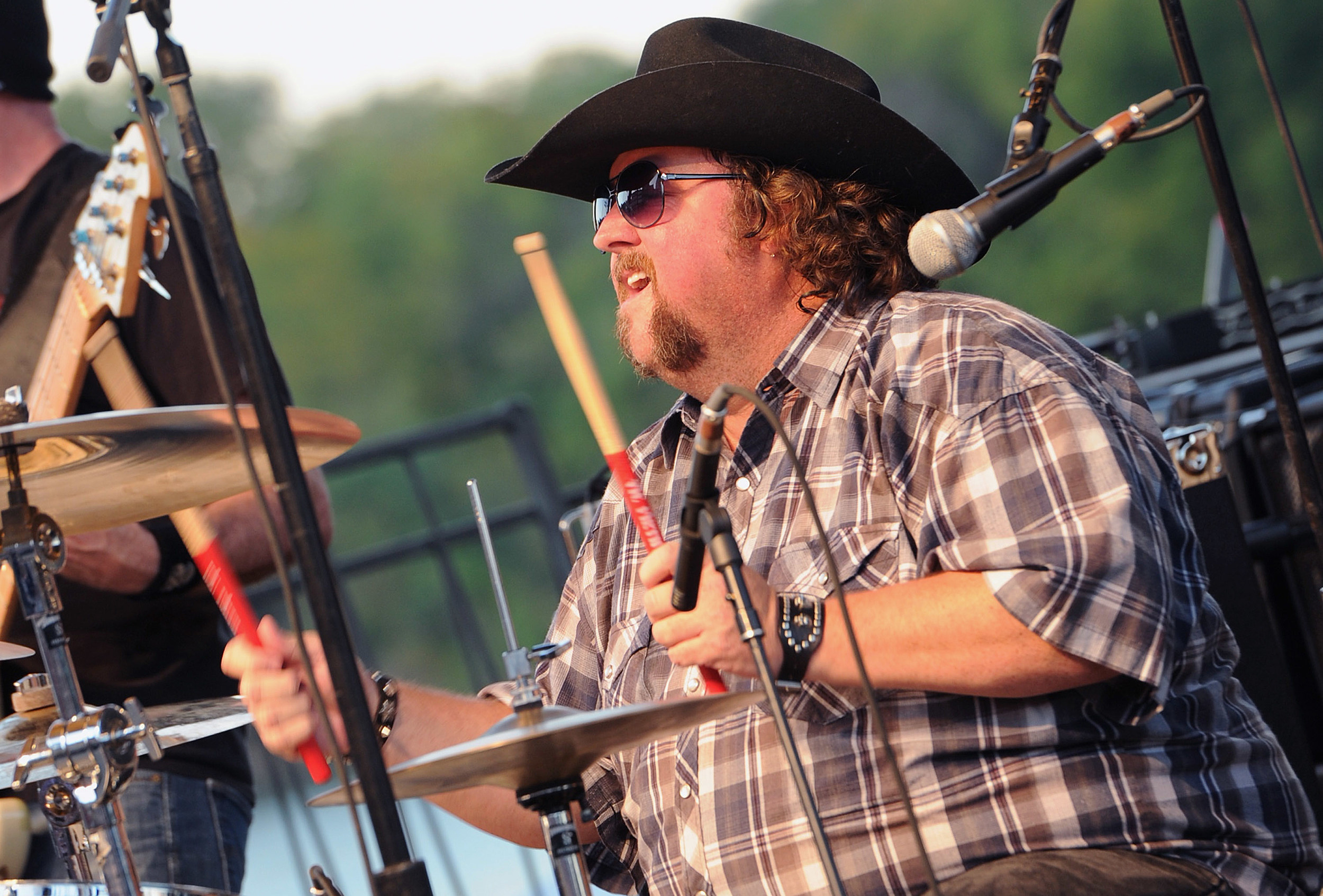Get to Know ya Colt Ford on