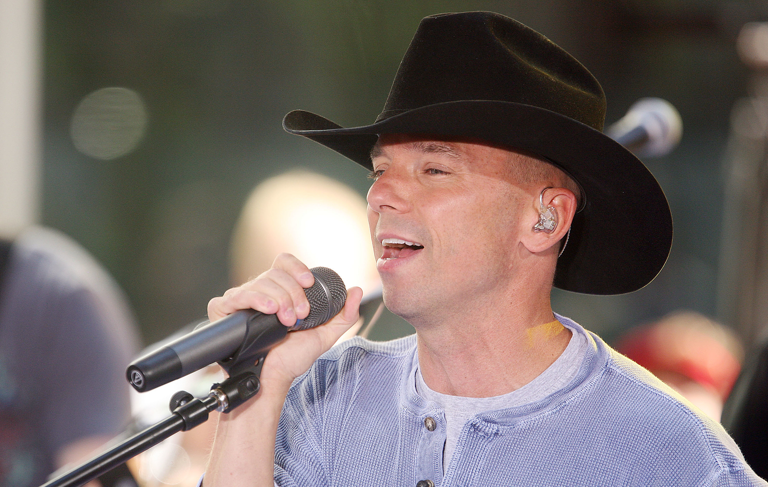 Remember When Kenny Chesney Was At The Adams County Fair